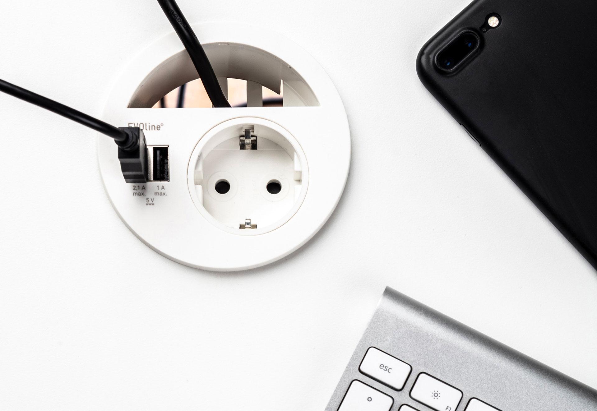 Point de conexion avec passage de câbles