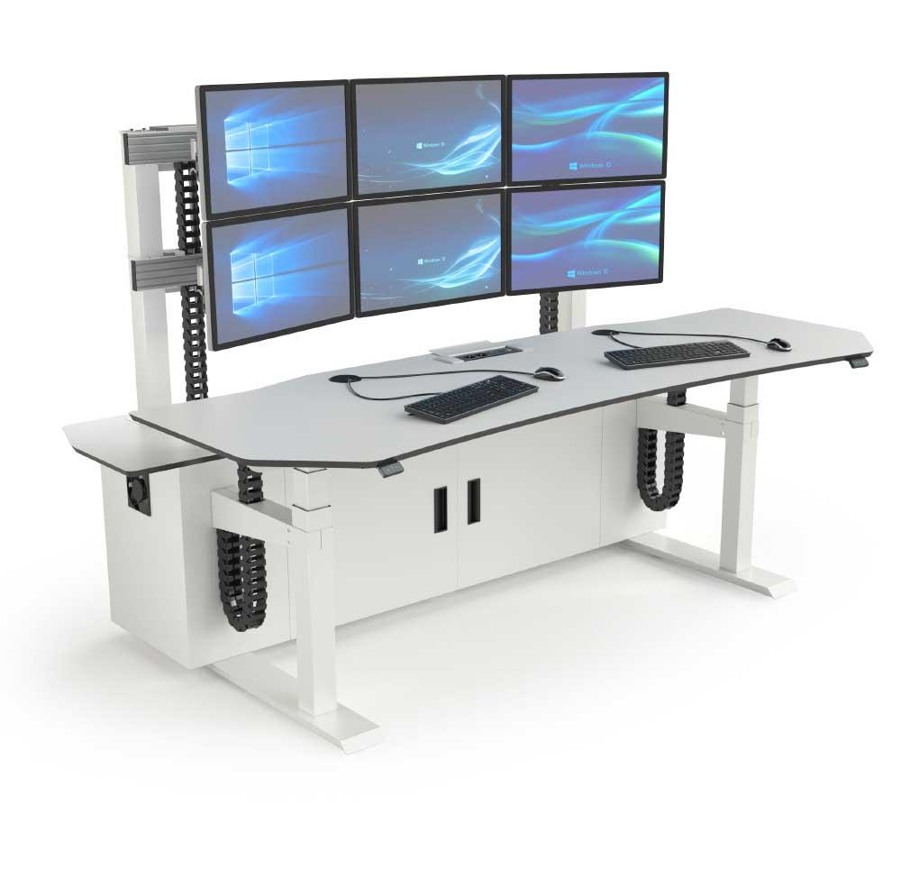 Console opérateur multi-écrans réglable en hauteur